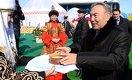 Назарбаев любит мясо на косточке, а Путин - манты