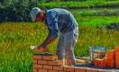 Чем грозят Казахстану миллионы оставшихся без работы мигрантов