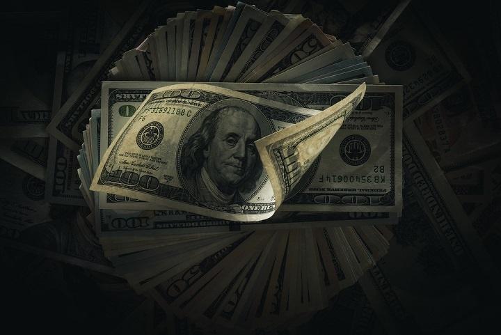 Тенге начал торги сотметки 326 задоллар