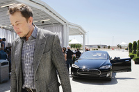 Why Elon Musk Is Cash Poor (For A Billionaire)