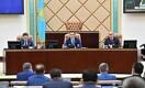 Парламент скорректировал закон о политпартиях