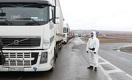 На границе с Россией — километровые очереди из грузовых фур. Казахстан запретил вывоз продуктов