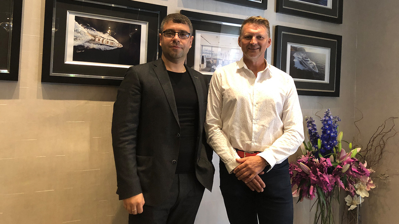 Bogdan Terzi with the British businessman Glyn Hutchinson, the Sales Director of Icon Connet