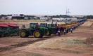 Как «асфальтные пацаны» дают аграриям деньги на весенний сев