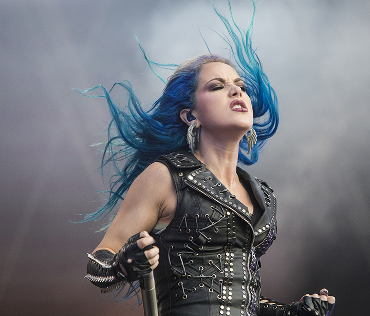 Alissa White-Gluz, вокалистка шведского Melodic Death Metal коллектива Arch Enemy