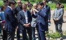 Меценат Булат Утемуратов ознакомился с ходом реконструкции Ботанического сада